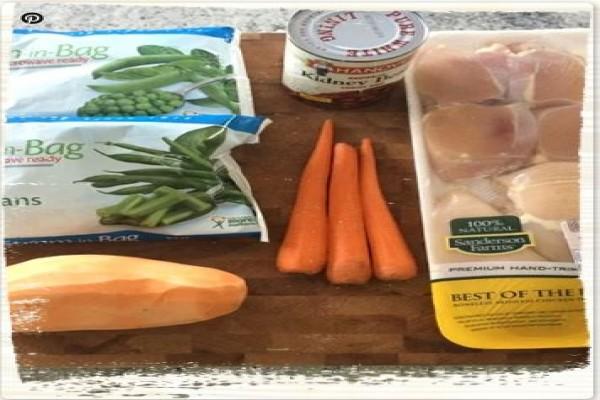 Resep Makanan Anjing Ayam & Sayuran menggunakan slow cooker