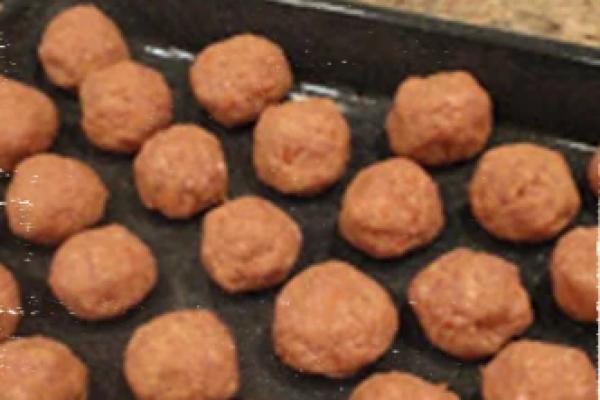 Resep Dog Food(Makanan Anjing) Berbentuk Bakso Buatan Rumahan
